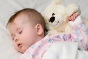 Нужна ли подушка малышу?